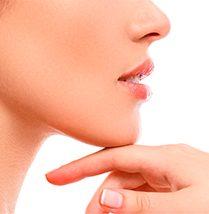 Ideal para potenciar otros tratamientos que  requieren regeneración tisular como las estrías  o la alopecia. 